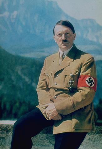 Hitler_color_328